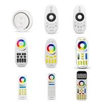 Miboxer 스마트 터치 디밍 컨트롤러 2.4G RF 원격 제어 / WiFi App 컨트롤 전체 컬러 / RGBW / RGB / 듀얼 화이트 LED 스트립