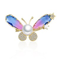 Pines, Broches Luxury Zirconia Libélula para Mujer Vintage Mariposa Pearl Insecto Brooche Pines Moda Joyería Girls Accesorios Regalos