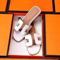 Classics Femmes Slipper Sandales de mode Sandales Sumernes Été Sexy Real Cuir Plateforme Appartements Chaussures Femme Beach Chaussons Home011 01