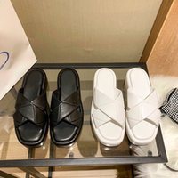 2021 женские сандалии кексы толщиной нижний тапочка из резиновых скольжения сандал платформы коренастые обувь летом женские тиснение коробки