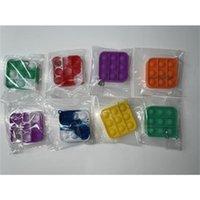 Fidget Brinquedos Keychain Descompressão Bolha Brinquedo Crianças Carro de Silicone Chaveiro Chaveiro Stress Relief Bola Engraçada Atacado H39QB3D