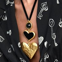 Bohemian Retro Big Love Heart Collar Pendant Necklace for Women Vintage Statement Wedding Choker Fashion Party Jewelry Gift