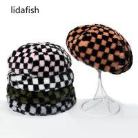겨울 따뜻한 접이식 걷기를위한 겨울을위한 겨울을위한 겨울을위한 겨울철 빈티지 격자 무늬 베레모 모자