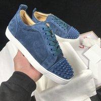 2021 Mens Low Cut Shoes Suede Spiked Trainers Flats Vermelho Bottom Men Rivet Decoração Sapato Casual Spikes Mulheres Sneakers