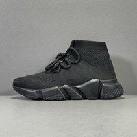 2021 Новый Triple-S Тренер Носки Обувь Мода Высочайшее Качество Трехместный Черный Орео Красные Плоские Мужчины Женщины Беговые Обувь Спорт с коробкой