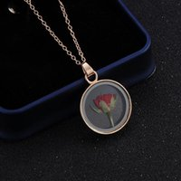 Pendant Necklaces Charms Dry Red Rose Flower Necklace Fashion Round Locket Chain For Women Statement Jewelry Z3P511
