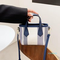 2021 Net And Small New Female Bag Handbag Ins Summer Red Messenger Woven Square One-shoulder Spring Simple