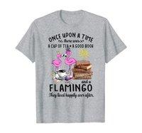 Gracioso una taza de camiseta Un buen libro ama la camiseta del regalo de flamencos