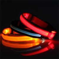 NOUVEAU Mode LED Nylon Collier Collier Cat Harness Clignotant Lumière Up Night Safety Colliers Pet Multi Couleur XS-XL Taille Accessoires de Noël 4 S2