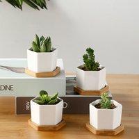 Flowerpot succulente ceramica a sei lati Set con supporto di bambù per pentole per piante bianche del fiore desktop
