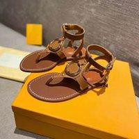 Yeni Kadın Deri Sandalet Altın Tonlu Metal Yüzük Faro Yaz Tasarımcısı Bayan Ayak Bileği Kayışı Toka Düz Kauçuk Outsole Sandal Size35-42
