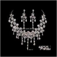 Set di gioielli gioielli di lusso cristallo di lusso sposato la sposa adornata articolo 2 orecchini collana di diamanti con diamanti di fossile lanoso set all'ingrosso e goccia