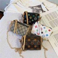 Bolso de la bolsa de cuero de la PU Bolso de los diseñadores para las niñas Forma de la almohada Bolsos de la mano Corssbody Fanny Pack Cintura Bolsas de hombro Partido Deporte Tote Luxurys Impreso Mini Packs G61M0IF