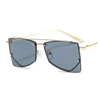 Metal Trendy Triângulo Pequeno Quadro Personalidade Sunglasses Moda Masculina e Mulher Óculos de Sol Cross Sunglasses 7122