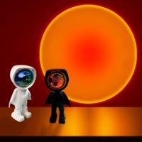 Astronauta Carregando Lâmpadas Luzes USB 360 Robot LED Projetor Night Rainbow Sunset Selfie Luzes Quarto Tomentar Lâmpada De Mesa