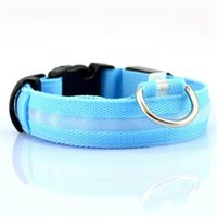 Nueva Moda LED Cuello de nylon Dog Cat Harness Flashing Light Up Night Safety Collars Multi Color XS-XL Tamaño Accesorios de Navidad 4 S2