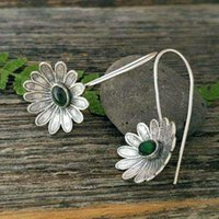 Dangle & Chandelier Vintage Ethnic Flower Pendant Female Earring 2021 Fashion Cute Ear Earrings Jewelry Accessories Z5E687