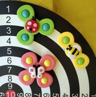 Nouvelle version améliorée des insectes renouvelés Revolving Le Baby Fermertipos Top Top Fleur Tournoyer Baby Bain Toy Fy4472