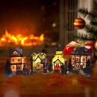 10pcs Natale Babbo Natale Casa innevata Figurina in miniatura Set luminoso LED Light Up Xmas Tree Shop Village Statue Decorazioni G0925