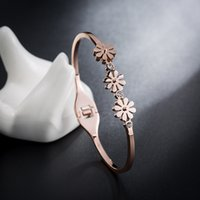 Simple and fashionable titanium steel Bangle Women 18K rose gold daisy net red non-fading bracelet