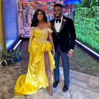 African Yellow Prom Dresses With High Slit Elegant One Shoulder Long Sleeve Evening Satin Formal Party Gowns 2021