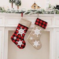 3D Kar Tanesi Damalı Noel Çorap Noel Ağacı Asılı Dekorasyon Süsler Şömine Gingham Çorap Şeker Hediye Çantası HH21-458