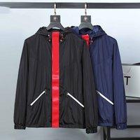 Diseñador Monclair para hombre Chaquetas Ropa Francia Marca Bomber Chaqueta de parabrisas Europa y American Style Outerwear Womer Fashion Hombre Casual Street Abrigos M15