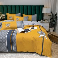 Modern Designer Bedding Sets Cover High Quality Cotton Queen Size Luxury Bed Sheet Comforters Set