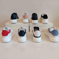 2021 Heißer Verkauf Frauen Männer Stil Mode Weiß Echtes Leder Großhandel Stil Freizeitschuhe Sneaker Top Qualität mit Box