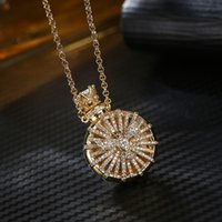 Silver Love Jewelry Hollow Out perfume Bottle Essential Oil Diffuser Necklace Women Gold Pingente Necklaces &amp Pendants