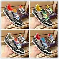 Allenatore Sneakers Designer Designer Scarpe in pelle trasparente Luxurys Brand Mans Trainer Runner Casual Shoe Gomma Suola Run Away Sneaker per uomo