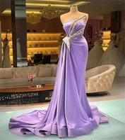 Designer Lilac Prom Dresses Sexy Sheer Luxury Beads Appliqued Formal Evening Dress Gorgeous Satin Long Party Wear Robe de mariée
