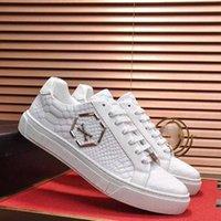 Philip sneakers 호주 플랫폼 망 여성 캐주얼 신발 고품질의 새로운 패션 스니커즈 붉은 하단 슬립 - 실버 스파이크 장식 Toecap 큰 크기 38-45