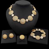 Nuevos conjuntos de joyas africanas Charm Crystal Collar Pendientes Pulsera Anillo para las mujeres Boda Sistema de joyería nupcial Venta al por mayor