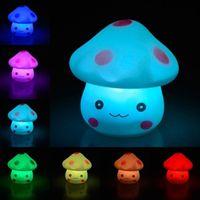 7 색 변경 낭만적 인 버섯 크리스마스 LED 야간 조명 램프 배터리 운영 파티 웨딩 침실 장식