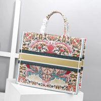 새로운 색상 최고 품질의 클래식 다채로운 도서 totes 가방 디자이너 핸드백 수 놓은 대용량 쇼핑 여행 가방 맞춤 이름
