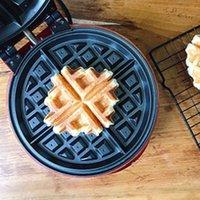 Fabricantes de pan DMWD Multifunción Waffle Maker Donut Electric Donut Helado Cono Parrilla Pastelero Pan EggetTe Machine