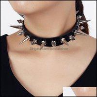 Chokers ожерелья подвески драгоценные хокеры готические панк рок Cuspidal Spikes Rivet Choker ожерелье сексуальный черный кожаный конус конус