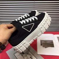 2021 Moda Bahar Hediye Yeni Platformu En Iyi Kalite Yüksekliği Üst Tuval Platformu Ayakkabı Rahat Feminino Tıknaz Sneakers