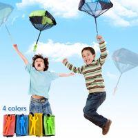 Mano lancio mini gioco soldato paracadute giocattoli per bambini all'aperto divertimento sportivo bambini educativi paracadute partito partito all'aperto