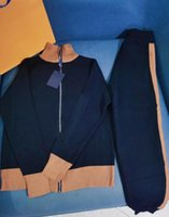 【code:OCTEU03】Styliste Sportswear Fashion Hommes Tracksuits avec lettres Classiques Cardigan Cardigan Cardigan Pantalons Casual Femmes Tricoté Suit S-L Haute Qualité