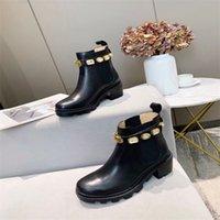 Designer de luxe Femmes demi-bottes Chaussures Hiver Chunky Med Heels Med Square Toiles Chaussures Rain Boots Zip Femme Mid Couleur Booty Porter Résistant à l'usure Épaissée Boot Solé A889