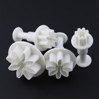 Baking Moulds 4pcs Tools Fondant Cake Cookies Sugarcraft DIY Biscuit Daisy Cutter Decorating Mould