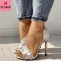 الصنادل oimg الصيف أحذية المرأة الأزياء المفتوحة تو عالية الكعب روما مثير عارضة رقيقة الصندل موهير