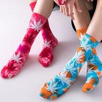 Erkekler Kadınlar Noel PlantLife Akçaağaç Yaprak Yenilik Renkli Kravat-Boyama Kaykay Pamuk Harajuku Hiphop Çorap Sox Etnik Çift Uzun Çorap 13 Renkler