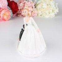その他のイベントパーティー用品ケーキトップデコレーション置物バレンタインギフトエレガントな花嫁の新郎のカップルトッパー結婚式の樹脂置物valenti