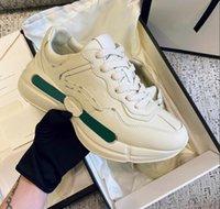 2021 Sapatos de desenhista de couro rhyton sneakers bege homens treinadores vintage luxo chaussures senhoras sapatos designers tamanho 35-46