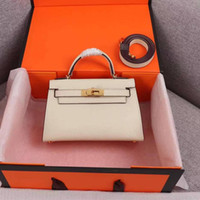 Luxurys Designers Bolsas Mulheres Bolsas Luxurys Designers Moda Ombro Crossbody Bags Grandes Bolsas De Lona Quente Vendido Lady Cluth Lisa Mochilas