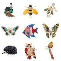 2021 Multi Color Enamel Ainmal Brooches For Women Peacock Bee Butterfly Hedgehog Owl Flamingo Parrot Crystal Brooch Pins Fashion Jewelry Gift