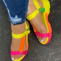 Kamucc sandálias de verão grande tamanho 43 multi cores sapatos casuais mulher plana dropship confortável sandálias feminina luz sandalias 210302